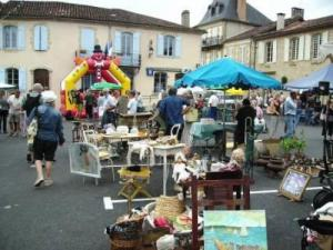 Garage sale Place du Colonel Parisot