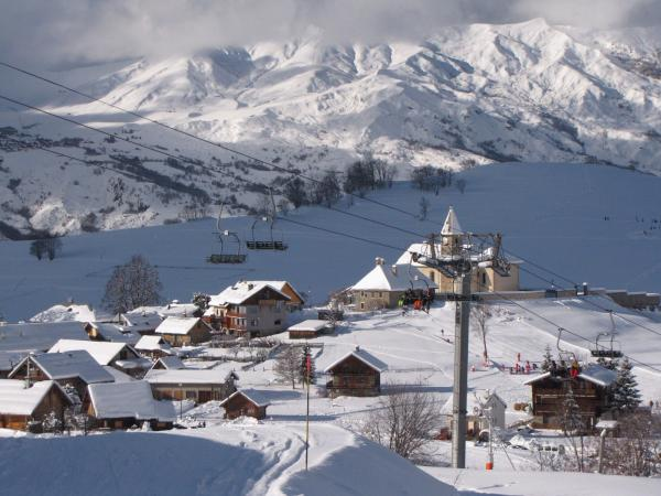 Albiez-Montrond - Tourism, holidays & weekends guide in the Savoie