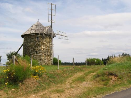 Ally - Tourism, holidays & weekends guide in the Haute-Loire