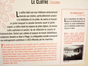 Information on the cloister (© J.E)