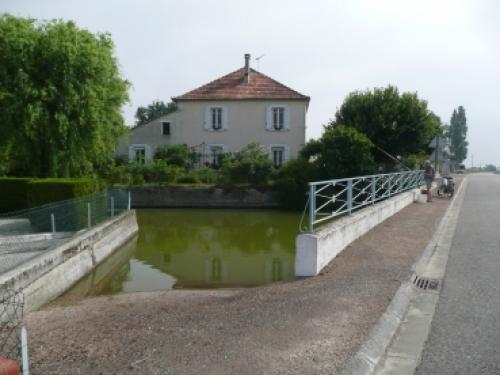 Angeville - Tourism, holidays & weekends guide in the Tarn-et-Garonne