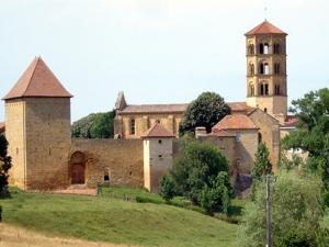 The village and its Romanesque church