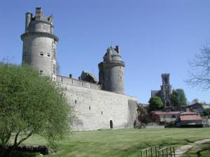 Castle of Apremont