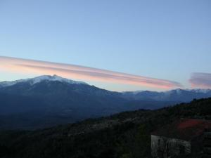 A local peculiarity: the lenticular clouds