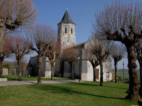 Arces - Tourism, holidays & weekends guide in the Charente-Maritime