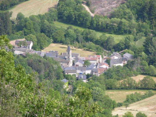 Arnac-sur-Dourdou - Tourism, holidays & weekends guide in the Aveyron