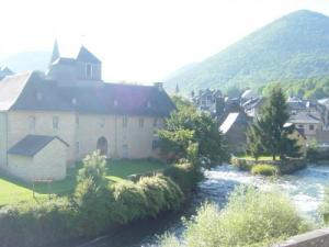 Arreau, confluence of the Nestes: valleys of Aure and Louron