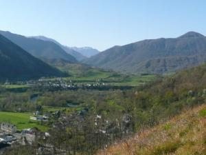 Village Asasp and Aspe valley