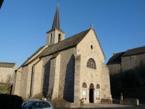 Church Aumont-Aubrac