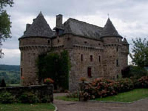 Auzers - Tourism, holidays & weekends guide in the Cantal