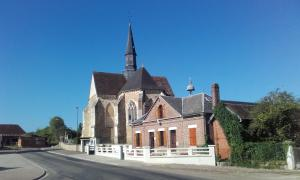 Town hall and church of Avreuil