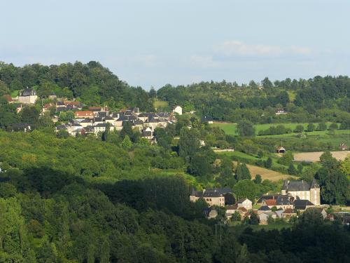 Ayen - Tourism, holidays & weekends guide in the Corrèze