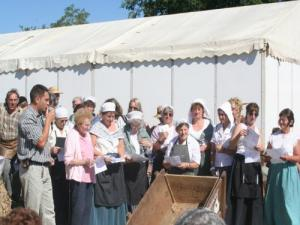 Festival Combine and Crafts: the choir for this holiday, about 25 people
