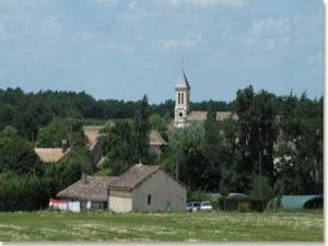 Village-and Nojals -Clotte