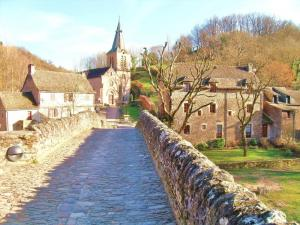 Village Belcastel