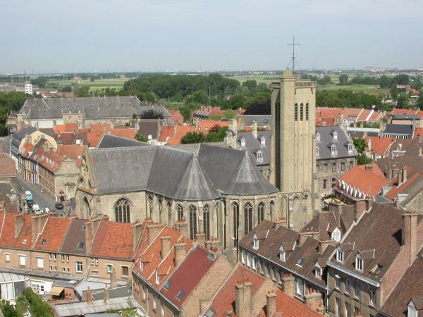 Bergues - Tourism, holidays & weekends guide in the Nord