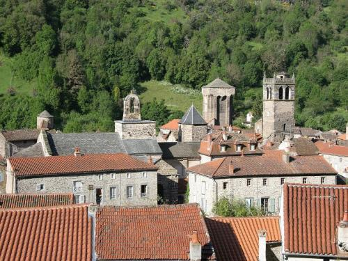Blesle - Tourism, holidays & weekends guide in the Haute-Loire