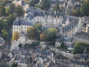 Blois - Tourism & Holiday Guide