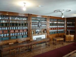 Apothecary dell' Hotel-Dieu