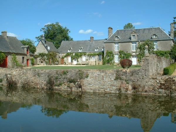Brecé - Tourism, holidays & weekends guide in the Mayenne