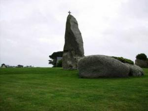 The menhir of Men Marz (Stone Miracle)