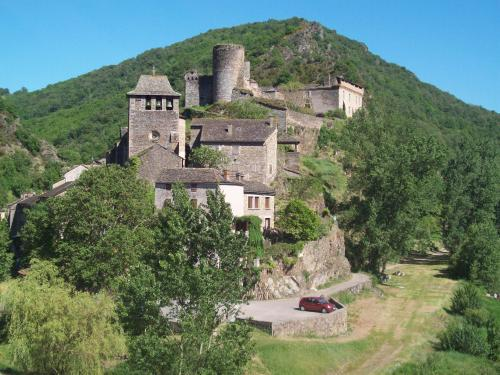 Brousse-le-Château - Tourism, holidays & weekends guide in the Aveyron