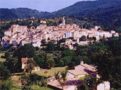 Callas - Tourism, holidays & weekends guide in the Var