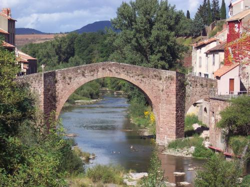 Camarès - Tourism, holidays & weekends guide in the Aveyron