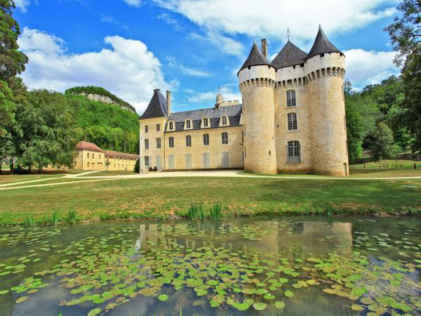 Castle Of Campagne Monument In Campagne