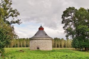 Dovecote of Trécesson Castle