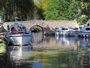 Canal du Midi, Port Capestang (© G. Defrocourt)