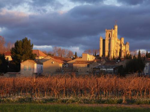 Capestang - Guida turismo, vacanze e weekend nell'Hérault