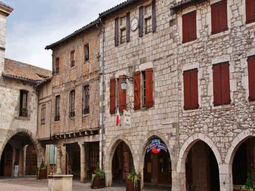 Castelnau-de-Montmiral - Tourism, holidays & weekends guide in the Tarn