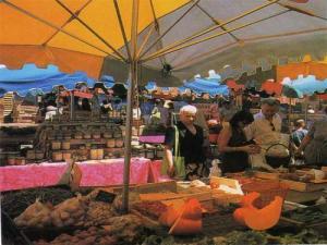 Bauernmarkt online datiert