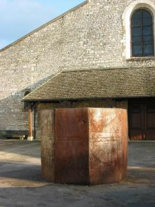 Oeuvre contemporaine : Octagon for St Eloi de Richard Serra