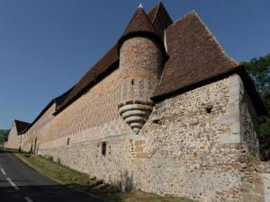 Chaise dieu du theil tourism holidays weekends for Chaise dieu du theil
