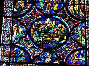 Stained glass window of the cathedral (© J.E)