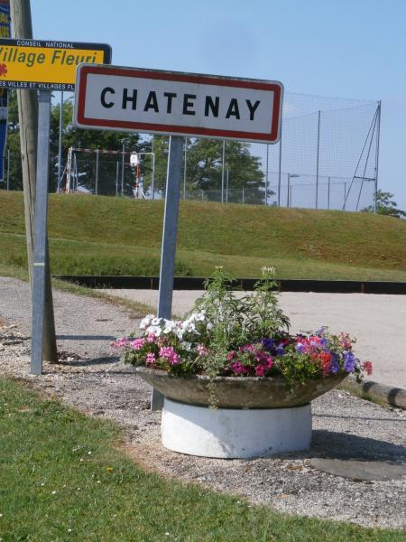 Châtenay - Guida turismo, vacanze e weekend nell'Ain