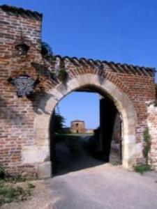 Old Castle Gate