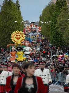 Cholet Carnival - Day Parade (© CFFS)