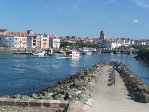 Ciboure guide tourisme vacances - Office de tourisme de ciboure ...