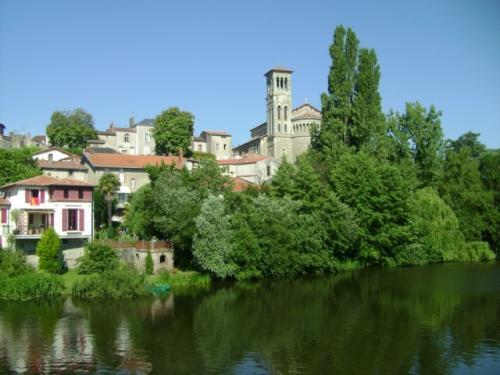 Clisson, general view (OT © Valley Clisson)