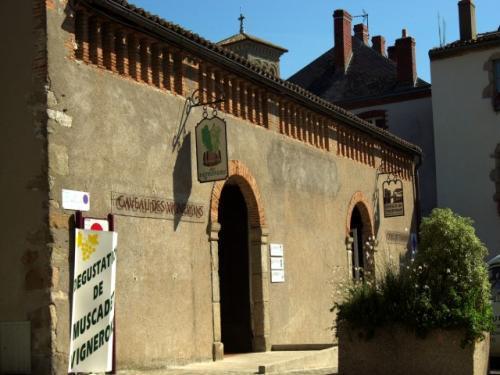 Photos clisson guide tourisme vacances - Alba italie office du tourisme ...