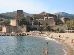 Collioure guide tourisme vacances - Chateau de collioure ...