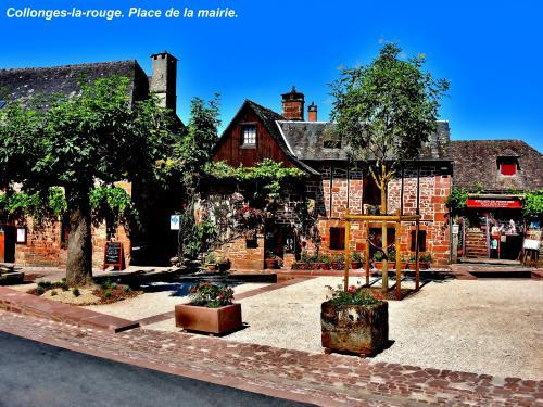 Collonges-la-Rouge - Rathausplatz (© Jean Espirat )