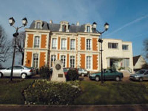 Chateau Des Marronniers Combs La Ville