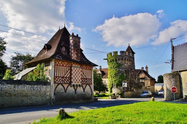 Commes - Tourism, holidays & weekends guide in the Calvados