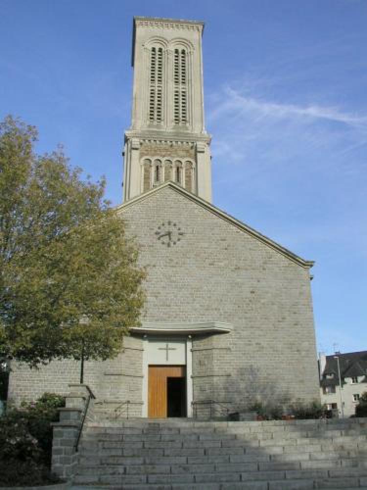 """Résultat de recherche d'images pour """"photo eglise saint sauveur de condé sur noireau"""""""