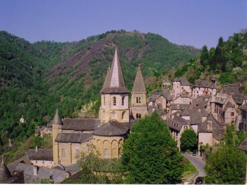 Conques-en-Rouergue - Tourism, holidays & weekends guide in the Aveyron