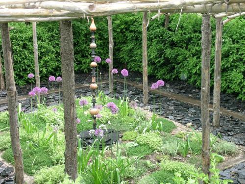 Jardin des paradis lieu de loisirs cordes sur ciel - Comment supprimer le liseron au jardin ...